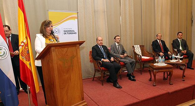 Vuelos directos desde paraguay a europa for Oficinas air europa madrid